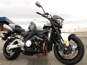 Suzuki B-King vs Yamaha Vmax