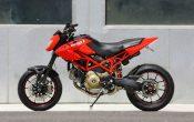 Ducati Hypermotard Tosa 1100R (1)