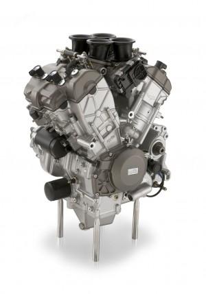 aprilia-rsv4-motor-1-web