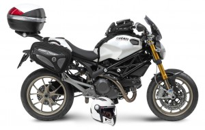 givi_ducatimonster_01