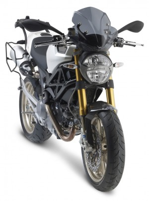 givi_ducatimonster_03