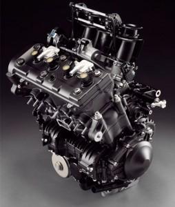 yamaha-r1-2009-motor2
