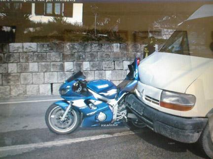 yamaha-r6-crash
