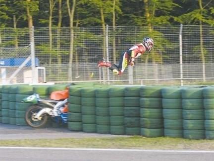 MotorbikeCrash