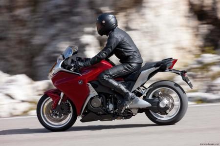Honda VFR1200F 2010 (13)