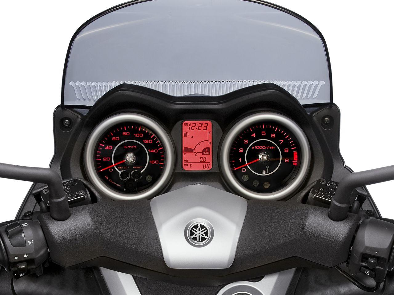 Yamaha News 2010: X MAX 250 und X MAX 125