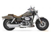 Harley-Davidson-2010-CVO_Fat_Bob-05