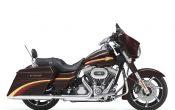 Harley-Davidson-2010-CVO_StreetGlide-06