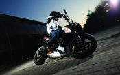 ktm_690_Super_Duke_R_Action_04