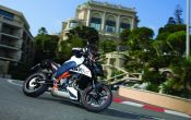 ktm_690_Super_Duke_R_Action_06