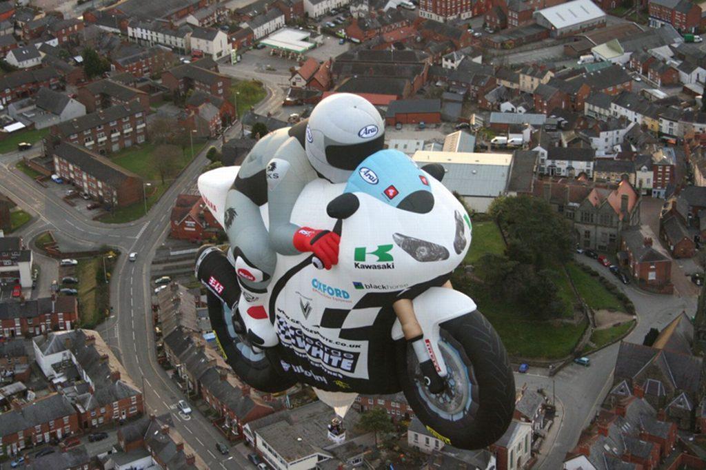 motorrad-ballon-george-white-4.jpg