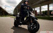 Yamaha BWs 50 Roller 2010 (3)