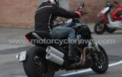 ducati-mega-monster-2011-3