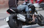 ducati-mega-monster-2011-5