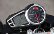 triumph-speed-triple-2011-24
