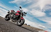 triumph-speed-triple-2011-29