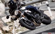 triumph-speed-triple-2011-9