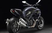 Ducati Diavel Carbon Schwarz (1)