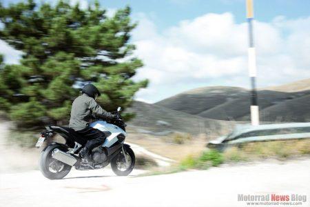 Honda Crossrunner 2011 (4)