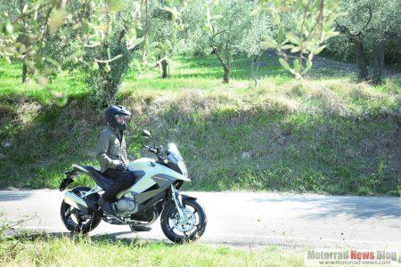 Honda Crossrunner 2011 (7)
