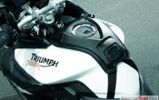 triumph-tiger-800-adventure-2011-21