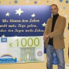 Louis spendet 1.000 Euro aus Tombola an Kinder-Hospiz