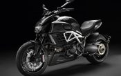 Ducati Diavel AMG Special Edition 2011-3