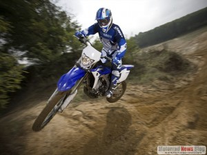 Yamaha WR450F 2012: Neues Fahrwerk, neue Einspritzung