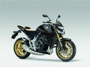 Honda CB1000R mit Sonderzubehör.