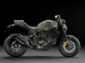 Cooler Look - Ducati's Partnerschaften quer durch bekannte Markennamen, die neue Monster 1100EVO Diesel.
