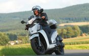 KYMCO People GT 125i (2)