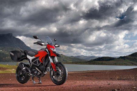 Ducati Hyperstrada 2013-91