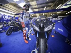 Yamaha YZF-R6 Race Blu Jorge Lorenzo 2014