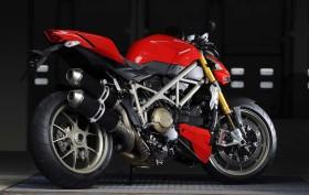 Ducati Streetfighter 2009 (34)