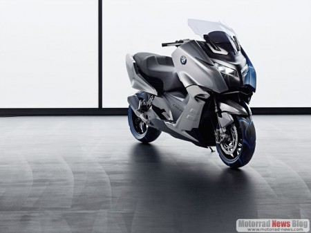 bmw-concept-c-maxi-roller-10