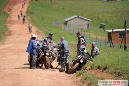 bmw-motorrad-gs-trophy-2010-13