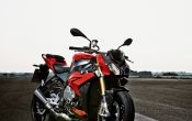 bmw-s-1000-r-action-35