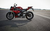bmw-s-1000-r-action-40