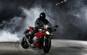 bmw-s-1000-r-action-5