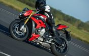 bmw-s-1000-r-action-9