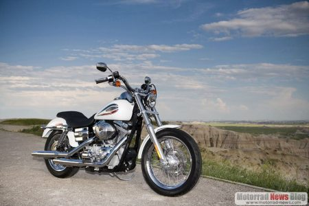 harley-davidson-2006_fxdi_35th_anniversary_super_glide_beauty