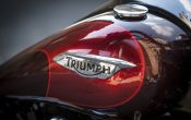 Triumph Thunderbird Commander 2014 Action (9)