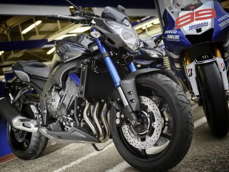 Yamaha FZ8 2014 (1)