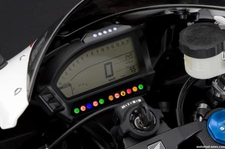 honda-cbr1000rr-fireblade-2012-10