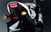honda-cbr1000rr-fireblade-2012-28