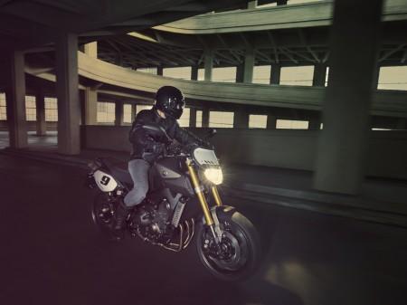 Yamaha MT-09 Street Tracker 2014 (2)