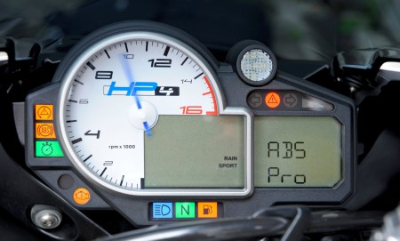 BMW HP4 ABS-Pro 2014 (7)