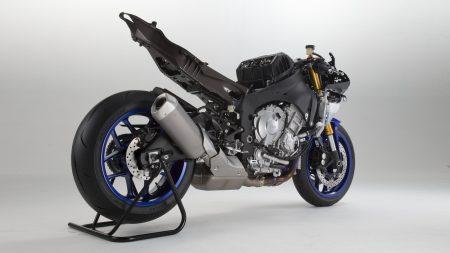 Yamaha YZF-R1 2015 (10)
