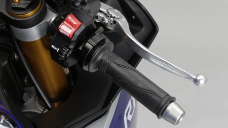 Yamaha YZF-R1 2015 (26)