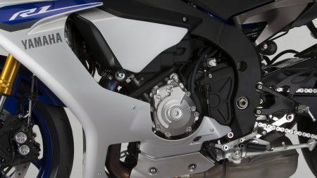 Yamaha YZF-R1 2015 (27)